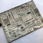 100均セリアの『ファスナーケース』が文房具デザインでオシャレ!