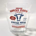 100均セリアの『プチタンプラー』が牛のガラスコップで可愛い!