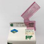 100均の『パック牛乳用クリップ』が牛乳パックの蓋に便利!