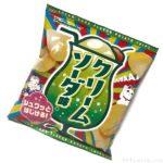 山芳製菓のポテトチップス『クリームソーダ味』が駄菓子を極めた味!