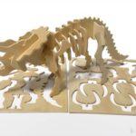 100均の『木製組み立て工作 恐竜』がトリケラトプスの骨格クラフトでカッコイイ!