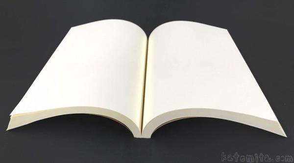 無印良品の『再生紙単行本ノート(A6)』が紐のしおり付きで厚みがある!