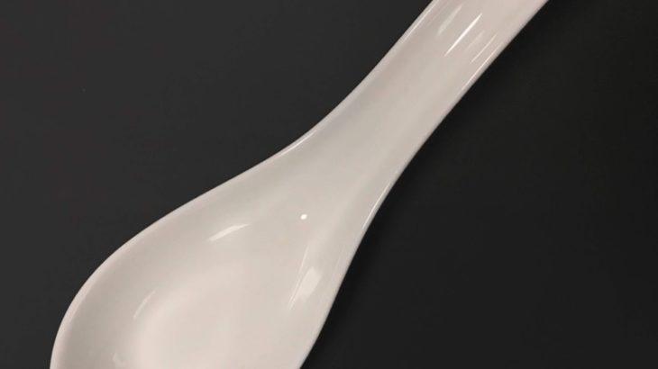 100均の『磁器レンゲ』が無地の白色でシンプルで良い!
