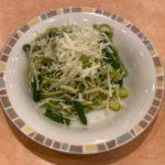 サイゼリヤの『ペストジェノベーゼ』が緑色のパスタで好きな人は超好きな味!