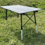 コストコの『ティンバーリッジ アルミニウム キャンプテーブル』が安定感バツグンでアウトドアに便利!